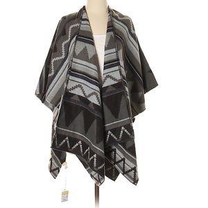 NWT Black and Gray Aztec Print Cozy Wrap One Size